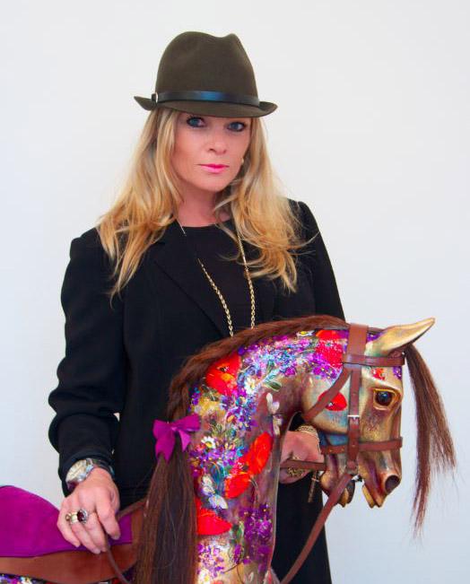 Rozanne Bell Artist